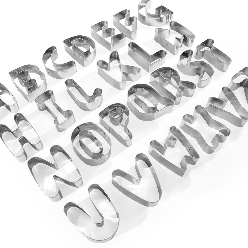 XXL-Buchstaben-Ausstechformen, von A bis Z